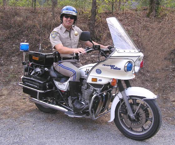 moto de la police am ricaine chez bandana. Black Bedroom Furniture Sets. Home Design Ideas